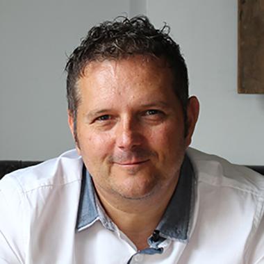 Jon Skinner - Music Gateway